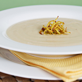 Celeriac soup with crispy lemon zest (Food & style)