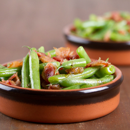 Warm salad of green beans, bacon and maple