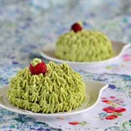 Raspberry Cakes with Matcha Frosting