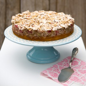 Rhubarb Hazelnut-Meringue Cake