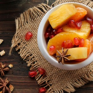 Winter fruit salad with spices