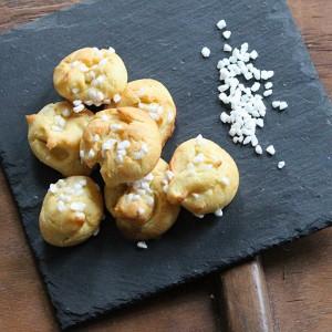 Chouquettes (choux puffs)