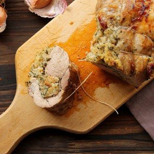 Pork tenderloin stuffed with herbs and bread