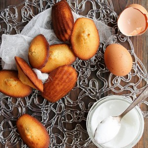 Madeleines cakes with coconut butter