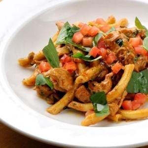 Chilli Chicken pasta with pesto