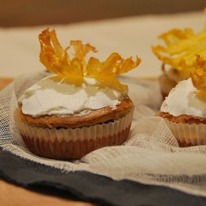 Goat cheese cupcake and Pineapple flower