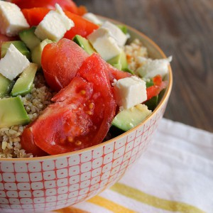Summer salad with avocado & tomato